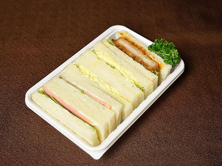 サンドイッチBOX(カツサンド入り)